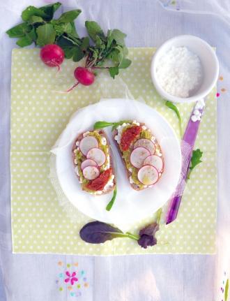Au menu de printemps : Tartinade de fèves, cottage cheese et ...