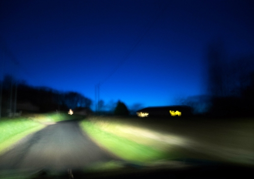 """""""Presto"""" J'y ai associé un flou de mouvement : la photo a été prise de ma voiture, en roulant (oui, je sais, ce ne se fait pas ;-)"""